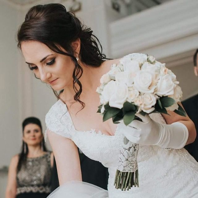 Soft and warm bridal makeup for my big day