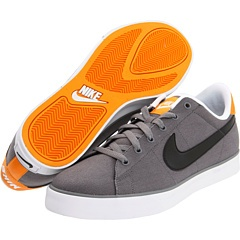 337933: Running Shoes, Sweet Classic, Classic Canvas, Nike Sweet, Zapposcom Free, Grooms Shoes, Groom Shoes, Shoes I, Canvases