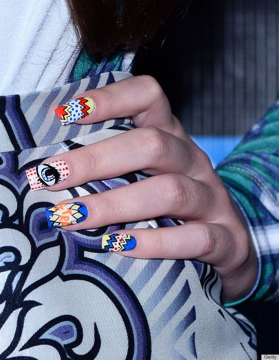 Hailee Steinfeld's comic book-themed nails at Comic-Con