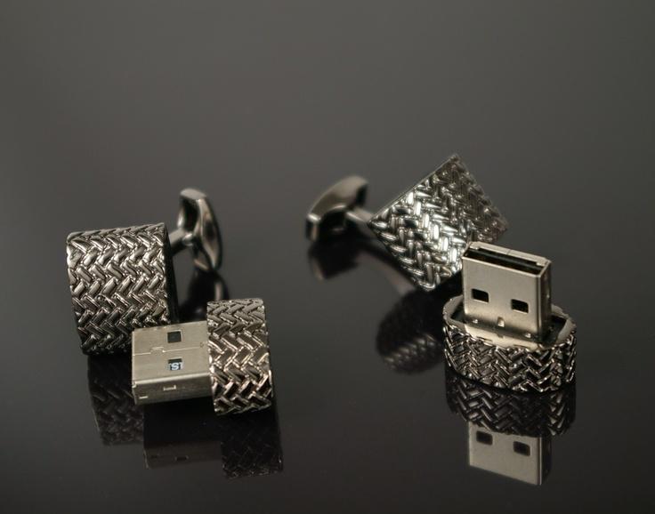 Textured 4GB USB Cufflinks in Grey - CuffLinked.com.au