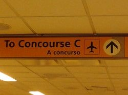 La Guardia Airport Sign Translation: CONCURSE = CONCURSO #SpanishFail