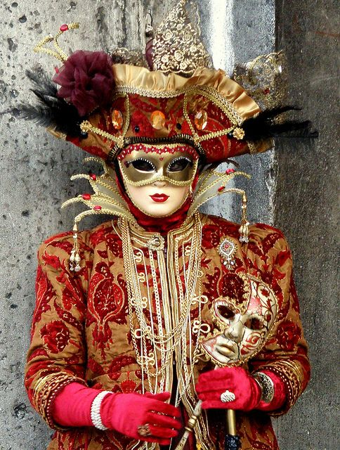 Jester similiar costume worn in The House of Thoth for the masquerade ball - the Jester (~Venice Carnival~)