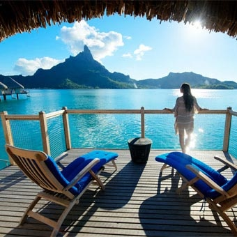 Could you possibly take your worries or concerns to a place this beautiful....well live like you are in Bora Bora everyday.