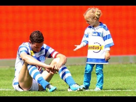 Dutch soccer player is consoled by his young daughter