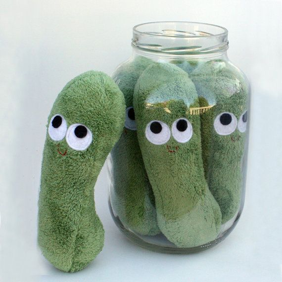 Plush pickles in a jar.  Who thinks up this darling stuff?!!