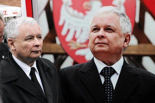 Dlaczego ojca braci Kaczyńskich inwigilowała SB?