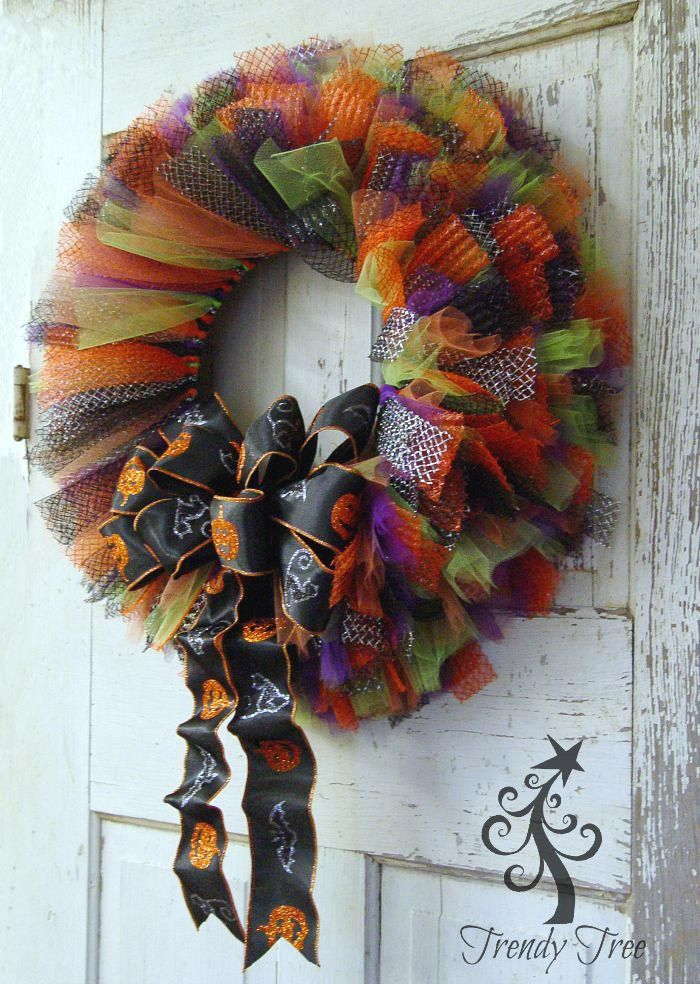 Halloween Tulle & Ribbon Wreath Tutorial - Trendy Tree Blog