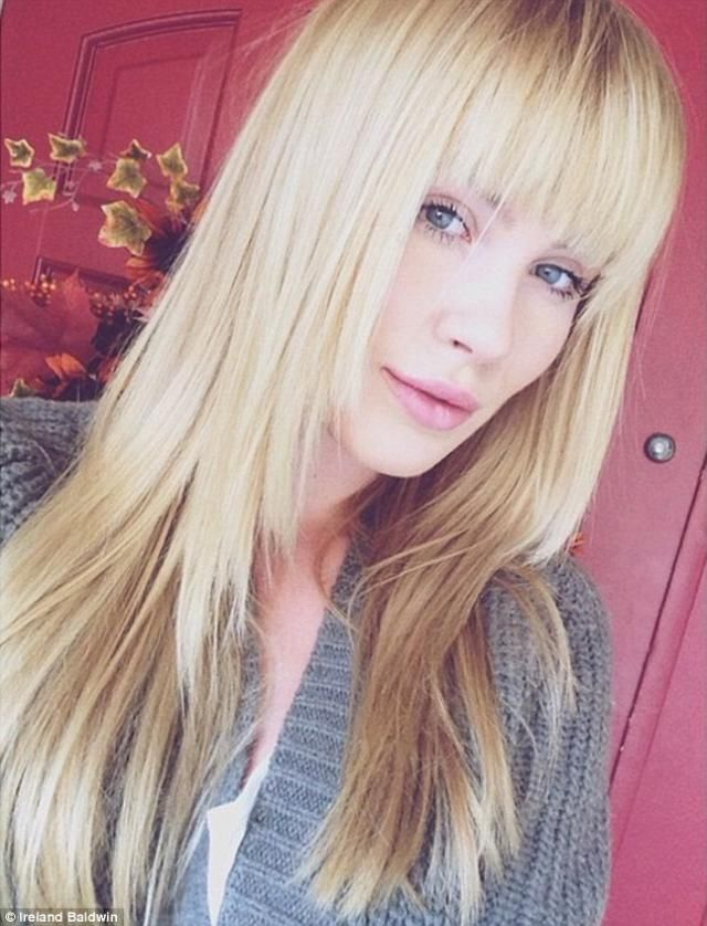 20 Great Hairstyles With Bangs: Ireland Baldwin's Fringe Bangs With Long Hair