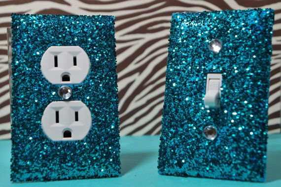 glitter plate covers; I could make these I'm sure instead of having to buy them offline