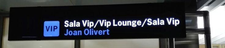 Vuelo Olivert - Sala VIP del Aeropuerto de Valencia, dedicada a Juan Olivert.