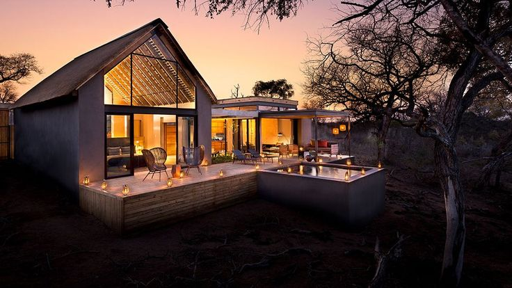 South African private game reserve with four luxury safari lodges located within the Sabi Sand Game Reserve and Kruger National Park