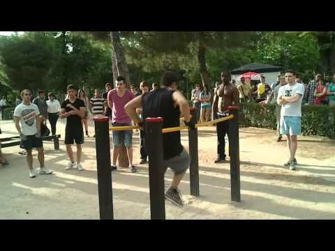 Street workout Spain Retiro´s park - YouTube