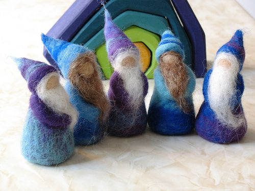 Gnomes: Flickr, Easy Needle Felt Ideas, Gnomes Crafts, Waldorf Inspiration, Gnomes Tomte Elves, Needlefelt Gnomes, Needle Felt Gnomes, Gnomes Felt, Christmas Gifts