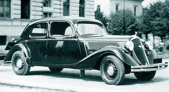 "1935 skoda rapid 4 door sedan"""