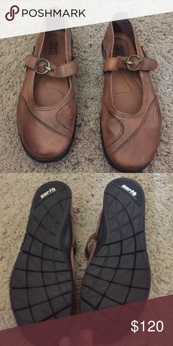 Earth shoes brand new never worn!! Brown Kalso earth shoes . Brand new . No box or tag but perfect condition. So comfortable Earth shoe Shoes Flats & Loafers