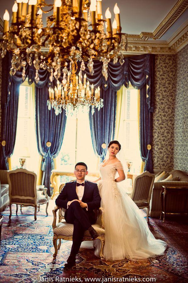 PRE WEDDING PHOTO SHOOT IN LONDON - THE RITZ LONDON | London wedding photographer I Janis Ratnieks