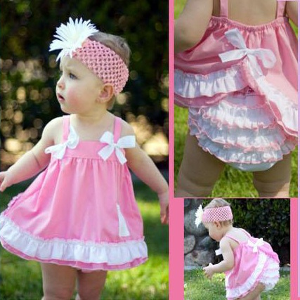Seeing these cute outfits everywhere at the moment....and I love them!