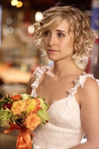 Chloe Sullivan - Smallville - cute hair cut