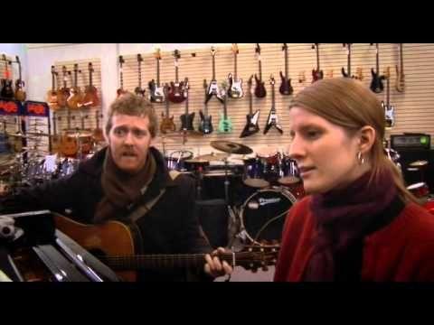 """Falling Slowly - Glen Hansard and Marketa Irglova from the movie """"Once"""" (2006) - YouTube"""