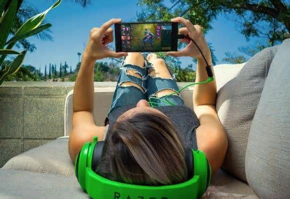 Razer launches smartphone designed for gamers Nov. 1 (UPI) --Razer, a company best known for producing computers for gamers, announced the launch of a smartphone with high-level gaming technology Wednesday.
