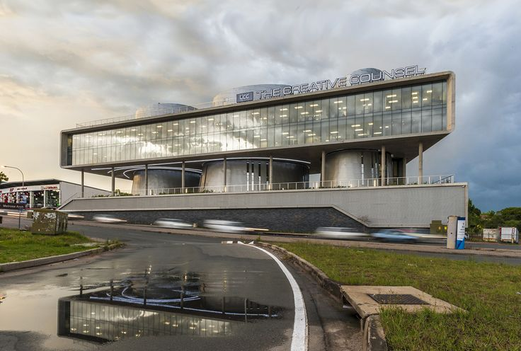 105 Corlett Drive / Paragon Architects