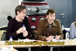 """I LOVE THIS!!!! ---- LOOK AT HOW HAPPY MATT IS. THEY ARE SO AWESOME TOGETHER.>CAN THE DOCTOR WHO CAST JUST ALL LIVE TOGETHER AND MAKE A SHOW OUT OF IT CALLED """" WHO DOCTOR""""?"""