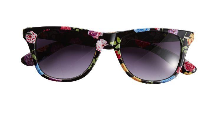 Sunglasses from @jayjays @westfieldnz #tropicana #westfieldtrending