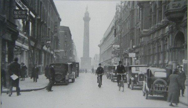Henry Street, Dublin. Unknown year.