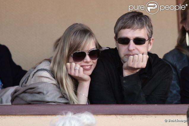 Dmitry Rybolovlev et son amie lors de la demi-finale Djokovic-Berdych au Rolex Masters 1000 de Monte-Carlo, à Roquebrune-Cap-Martin, le 21 a...