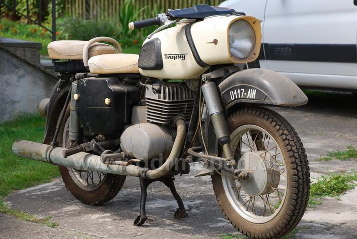 MZ ES 250 Trophy. Best MZ ever made. Twin saddle version highly desirable.