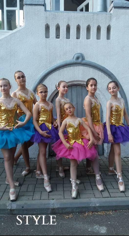 Gratia unei mici balerine este inconfundabila. #style #gimnastica #dans #balet #coregrafie #silvetmall #primariavaslui #evenimentevaslui #palatulcopiilor #clubulcopiilor #clubulelevilor https://www.facebook.com/permalink.php?story_fbid=454190644943421&id=172841636411658