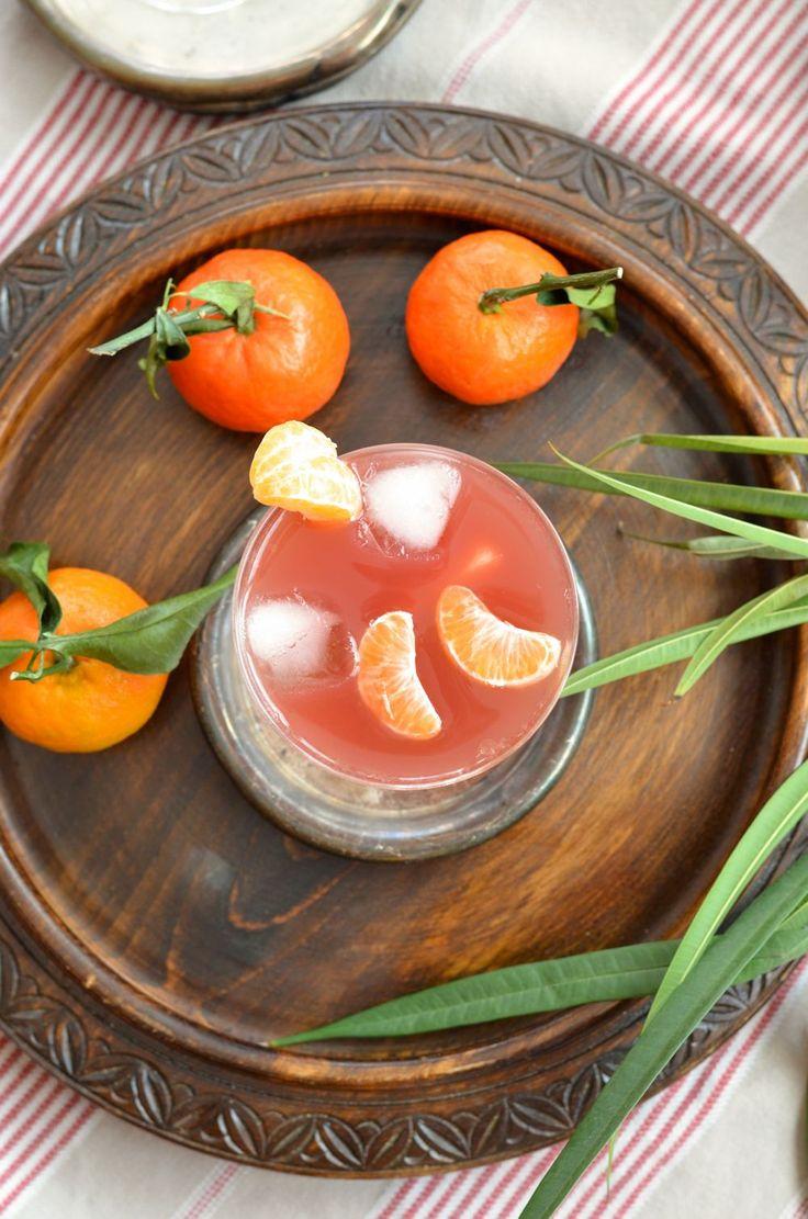 Quand on m'a proposé de tester ce délicieux rhum, j'ai tout de suite pensé à une recette de punch de Noël que j'avais vu sur le blog de...