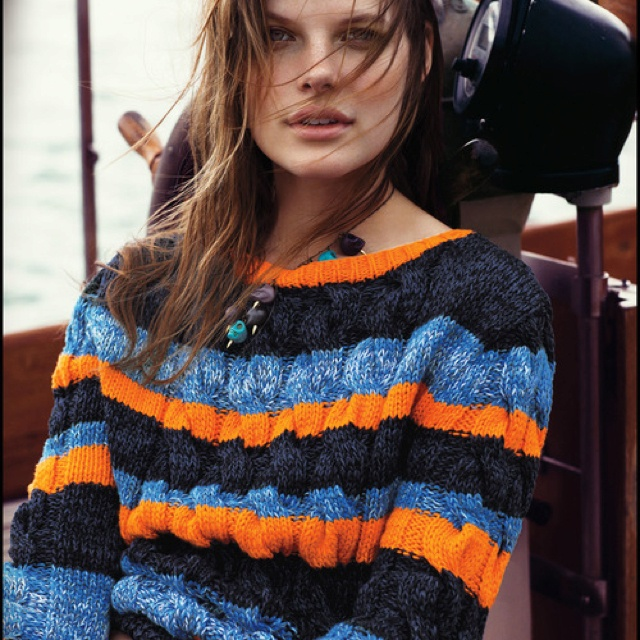 Deliciously comfy sweater; Tommy Hilfiger