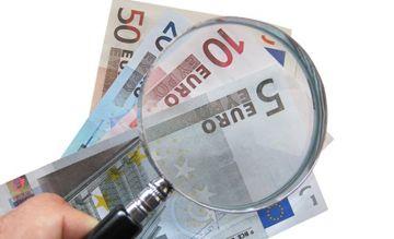 Es posible ahorrar en la declaración de la Renta 2013 siguiendo unos simples consejos, y sobre todo, revisando el borrador e incluyendo todo lo deducible.