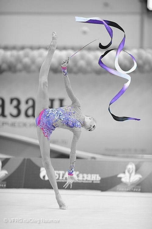 Y. Kudryavtseva purple leotard