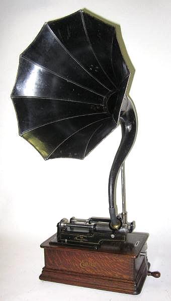 1909 Edison Home phonograph