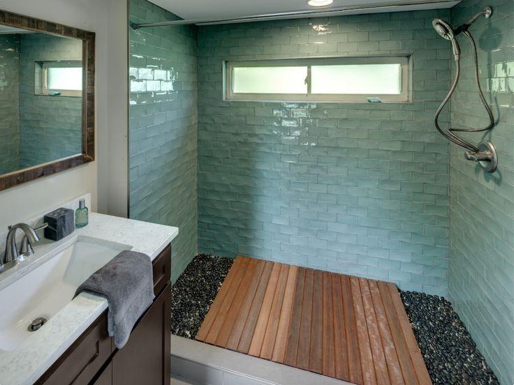 Tiny House Bathroom (Photo Cred: Don Shreve)