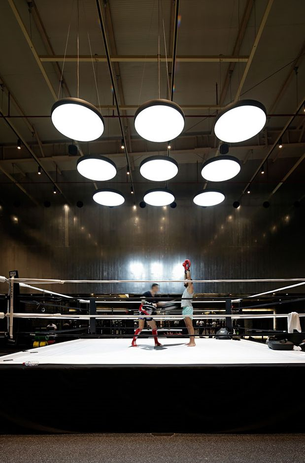 Most stylish boxing gym in Kuwait with Modular Lighting Instruments Flat moon
