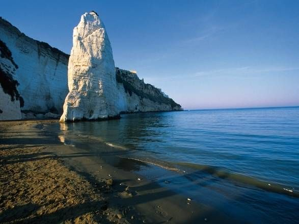 This rock symbolize Vieste...
