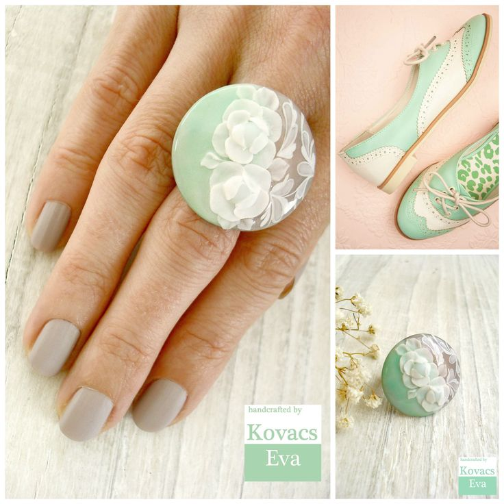 Mint statement ring.Vintage style ring.Lace ring.Flower ring.Mint white flower ring.