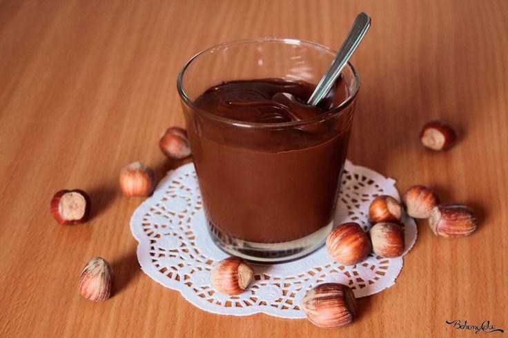 Con pochissimi ingredienti è possibile preparare una deliziosa nutella light alle nocciole che piacerà a grandi e piccini. Facendo ...