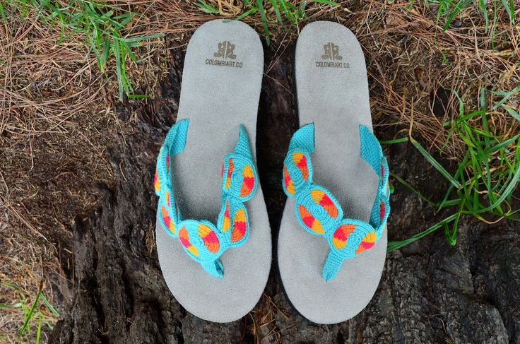 """Typical Wayuu Indian footwear called """"Wayrenas."""" Handmade by a member of this tribe with a design called """"Disk"""". www.colombiart.co"""