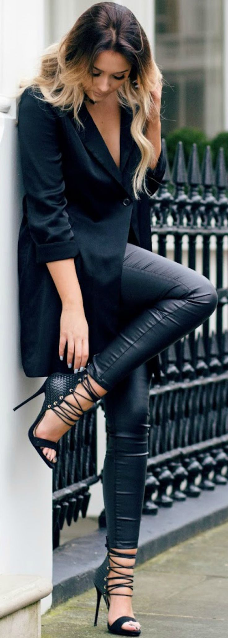 In leather leggings and an oversized blazer, Sarah Ashcroft is bringing a new kind of sex appeal to the all black trend! Punky stilettos such as this Simmi pair are the perfect finish to the look.   Blazer/Choker: H&M, Heels: Simmi, Trousers: Missguided