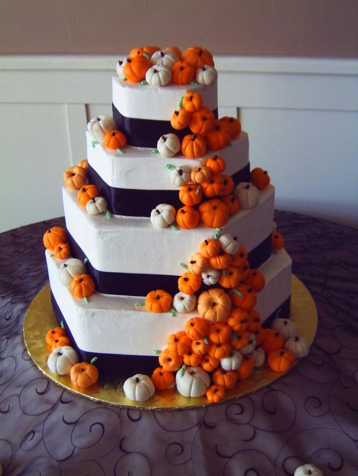 Cute! Probably would have a little less pumpkins but I still like it