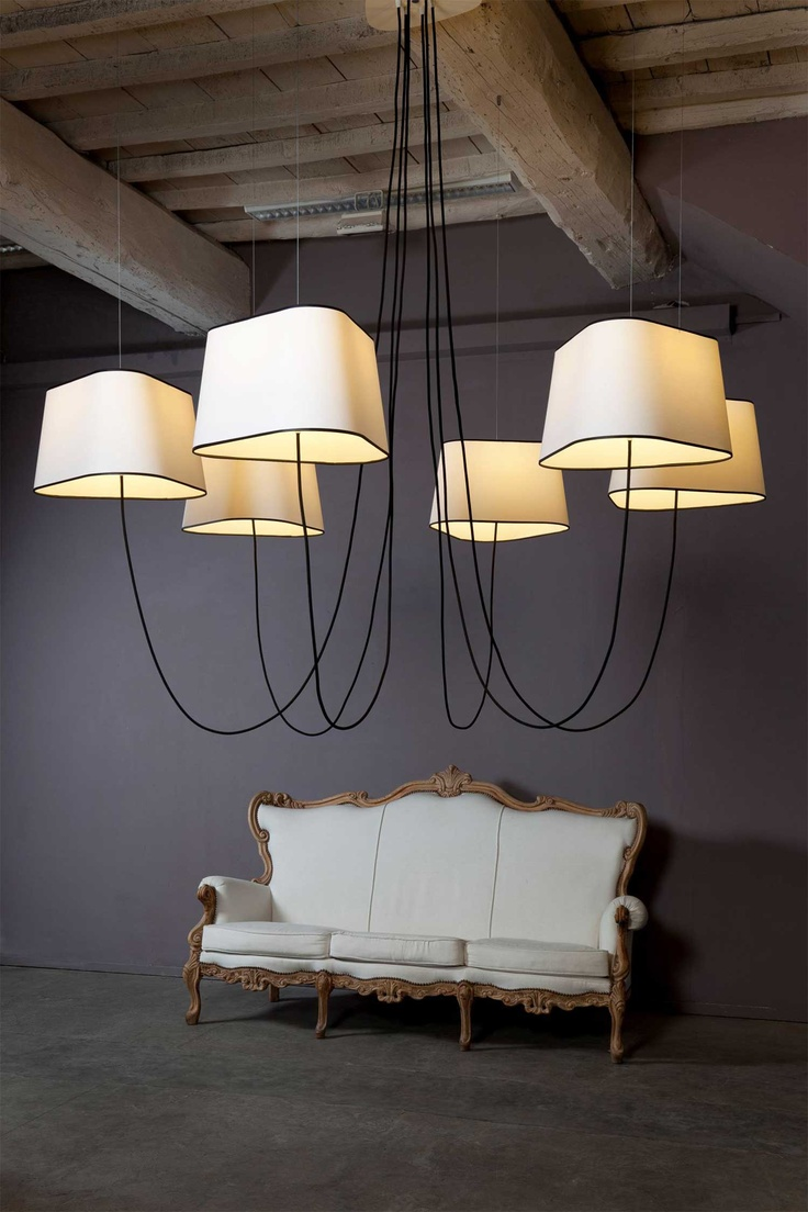 Design heure nuage collection lustres 6 grands nuages for Luminaire suspendu
