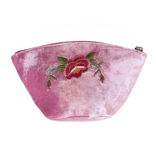 Our beautiful Frida Rose make-up purse is perfect for ensuring your precious cosmetics arrive safely yet stylishly transported.