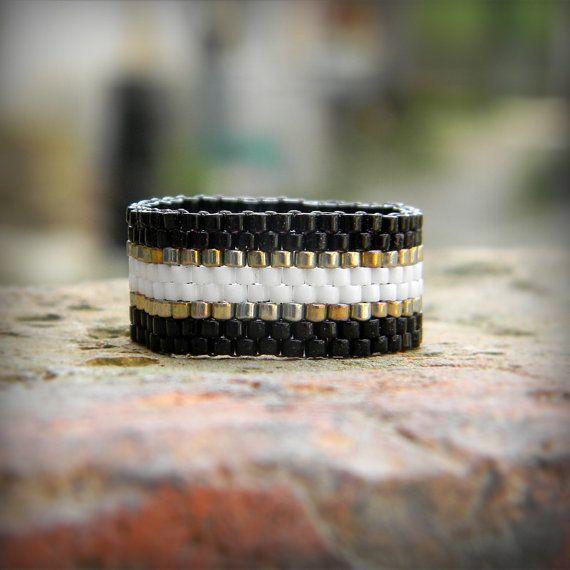 Stylish beaded ring Peyote ring No ordinary ring by HappyBeadwork