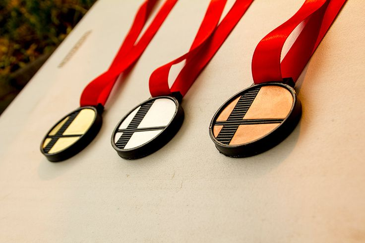 "3d printed Super Smash Bros logo tournament medallions *customizable back of medallion"" by aPyroDesign on Etsy"