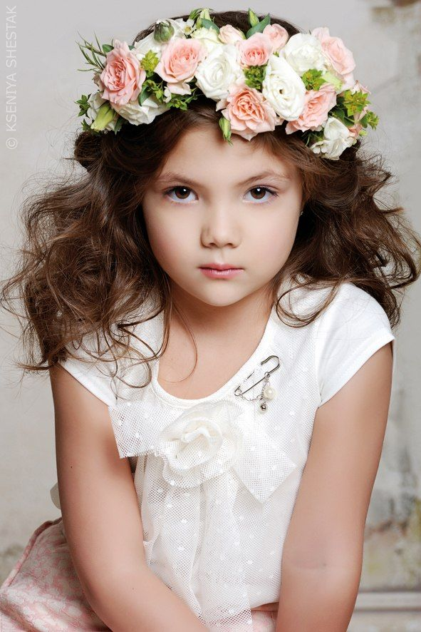 Flower Head Wreath for First Communion | Wianek Komunijne ze swiezych kwiatow