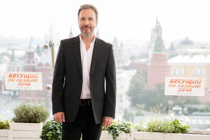 Режиссер Дени Вильнёв представил в Москве свой фильм «Бегущий по лезвию 2049» Режиссер прибыл сегодня, 13 сентября, в Москву, чтобы представить российским журналистам свою новую фантастическую ленту.
